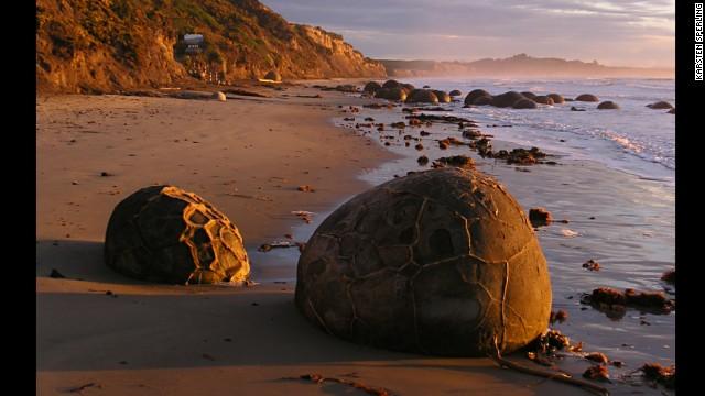 تخته سنگ های موراکی ، نیوزلند از جاهای دیدنی شگفت انگیز
