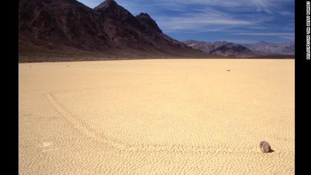 مسیر مسابقه پلایا ، دره مرگ ، کالیفرنیا از جاهای شگفت انگیزدنیا