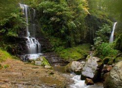 آشنایی با آبشار زمرد، از زیباترین آبشارهای ایران
