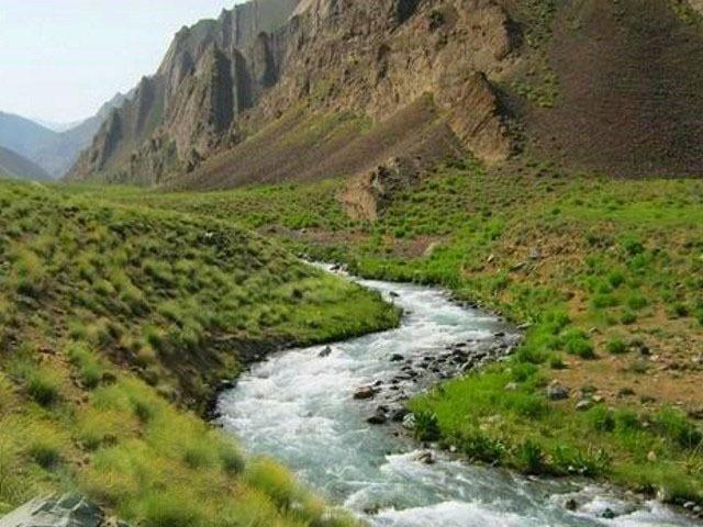 دره وارنگه رود یا همان دره روستای وارنگه رود