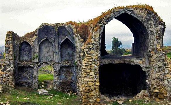 تفرش یکی از بهترین شهرهای ایران برای مسافرت کم هزینه است.