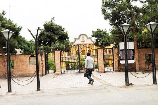 آشنایی با باغ های زیبای شهر تهران (قسمت اول: باغ کاخ گلستان و باغ عین الدوله)