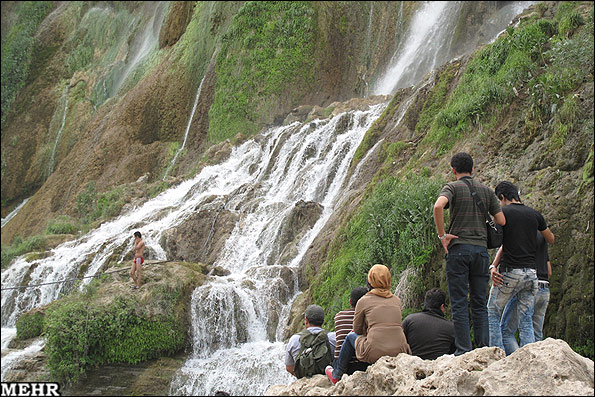 آبشار وروار