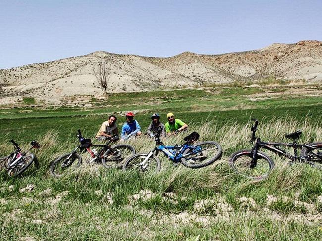 دوچرخه سواری در شهمیرزاد بهشت ایران