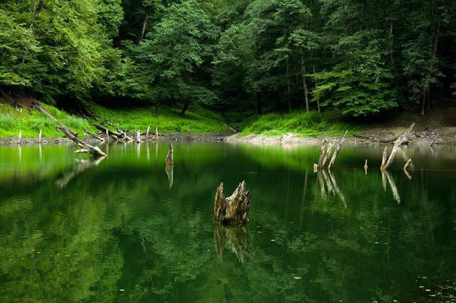 دریاچه میانشه مازندران