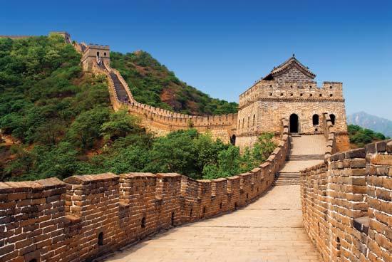 دیوار چین از مشهورترین بناهاي زيباي جهان