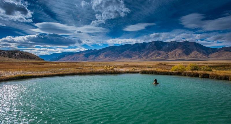 آب گرمی بینظیر در نوادای آمریکا + تصاویر بسیار زیبا