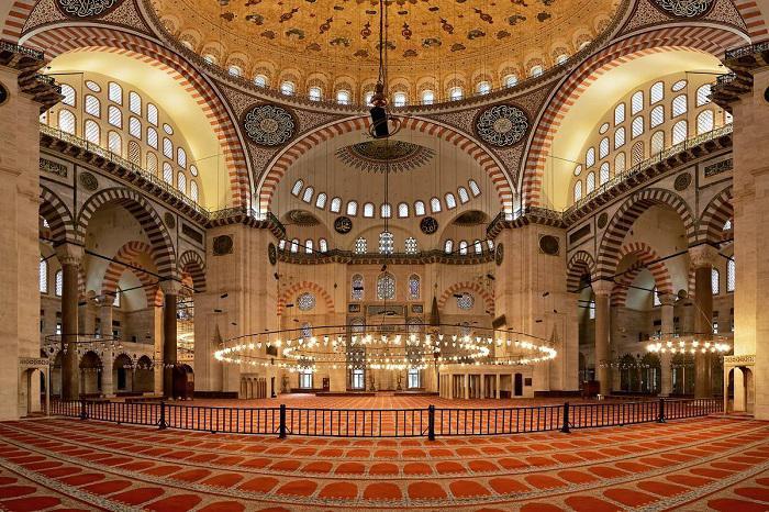مسجد سلیمانیه از جاهاي ديدني استانبول تركيه
