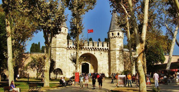 سرای توپقاپی از جاهای دیدنی شهر استانبول ترکیه