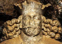 خصوصیاتغار باستانی شاپور را حتما بشناسید (+ عکس)