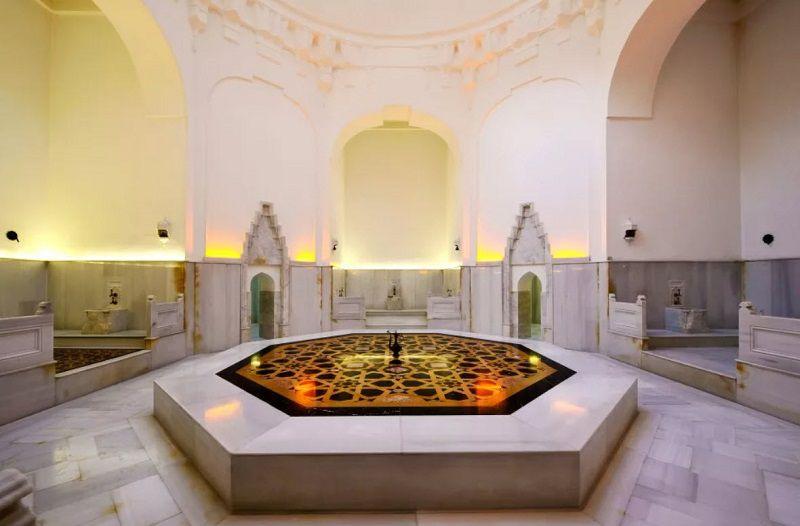 حمام خرم سلطان از مکانهای دیدنی استامبول ترکیه