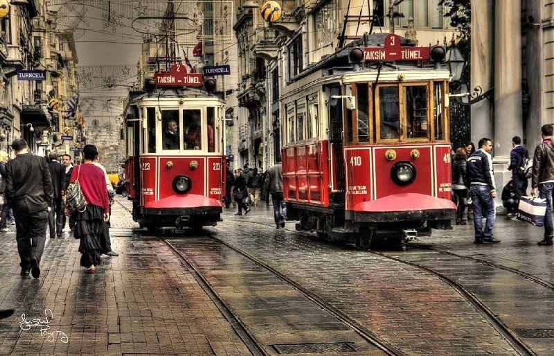 خیابان استقلال از نقاط دیدنی استانبول ترکیه