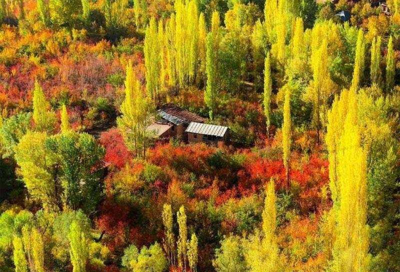 شهرستانک یکی از بهترین مکان برای سفر داخلی در پاییز