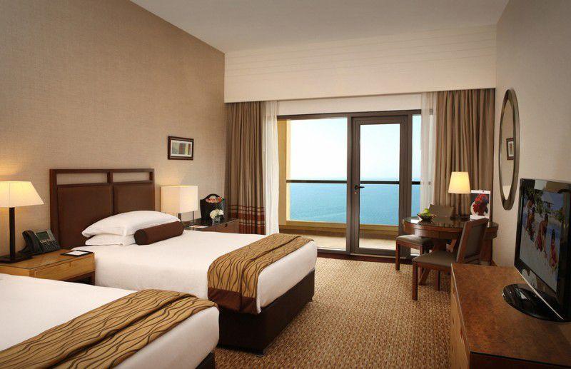 هتل امواج روتانا جميرا