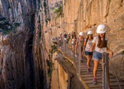 پر خطرترین گذرگاه دنیا از دیدگاه گردشگران + عکس