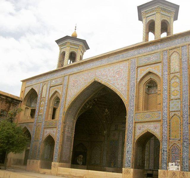 درخشش نام مسجد مشیرالملک به عنوان یکی از جاهای مذهبی شیراز