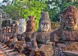 عجیبترین مکانهای مذهبی و مقدس جهان + تصاویر فوق العاده