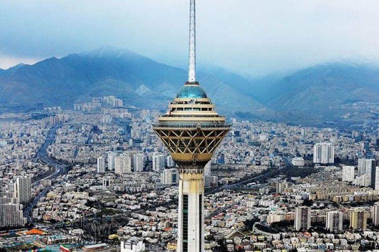 برج میلاد یکی از معروف ترین جاهای دیدنی تهران