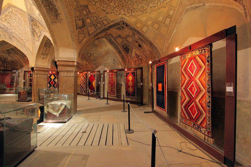 موزه فرش ایران؛ از جمله مکان های دیدنی تهران