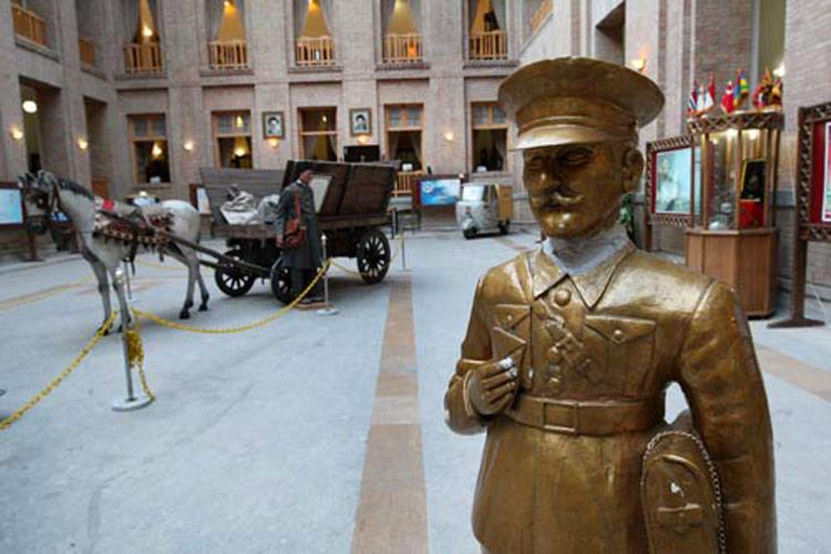 موزه پست و تلفن باغ ملی؛ از مکان های دیدنی تهران