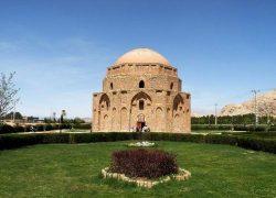 گنبد جبلیه کرمان: بنای سنگی ساخته شده از شیر شتر! +عکس