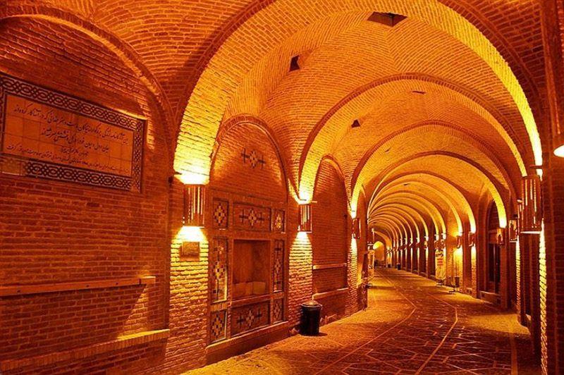 معماری فوق العاده بازار قزوین از بهترین دیدنی های قزوین