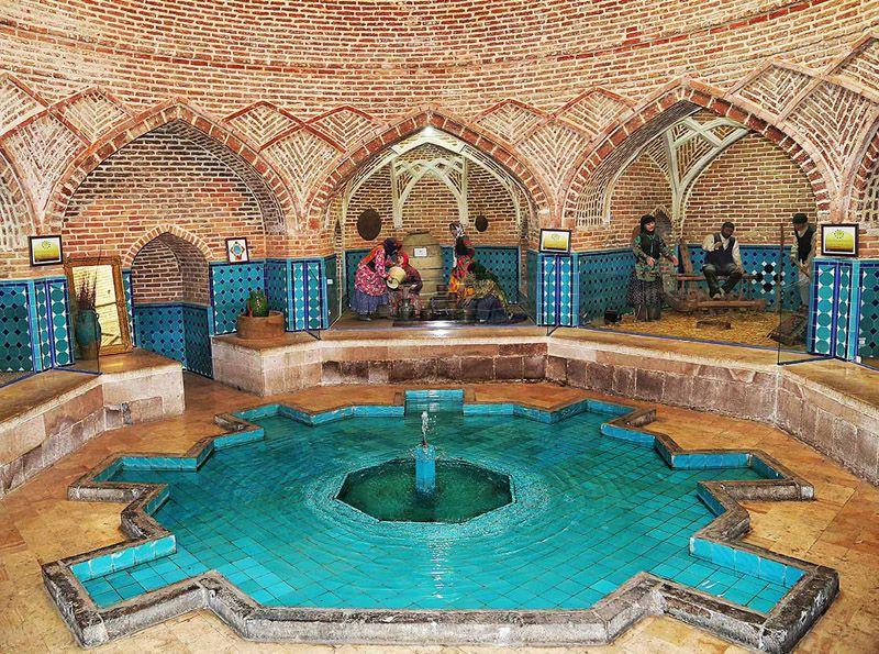 حمام قجر از دیدنی های استان قزوین