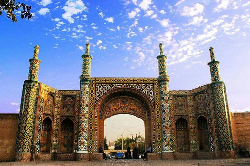 دروازه تهران و در کوشک از جاهای دیدنی قزوینی