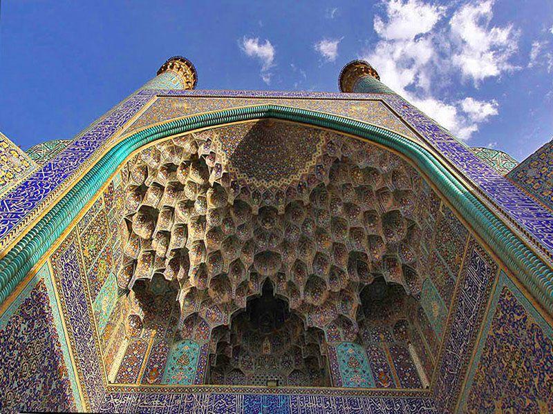 مسجد در بازار تهران