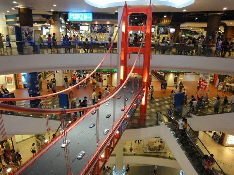 مرکز خرید سنترال فستیوال پوکت هنگام سفر به تایلند در تیر ماه