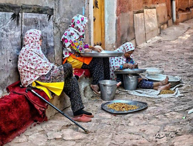 روستای ابیانه کجاست؟ (کاشان، اصفهان، نطنز)+معماری، آداب و رسوم  و عکس