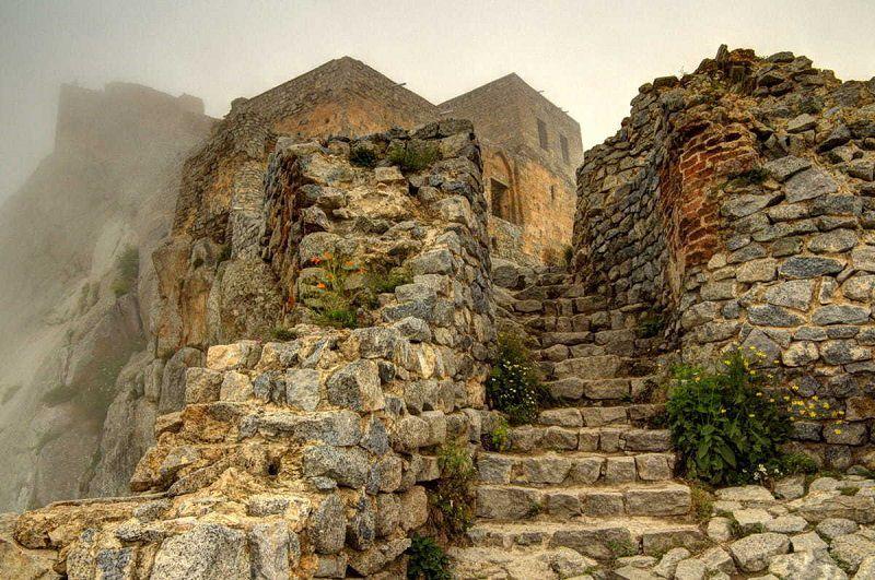 قلعه بابک در کدام شهر است؟ شمال اهر